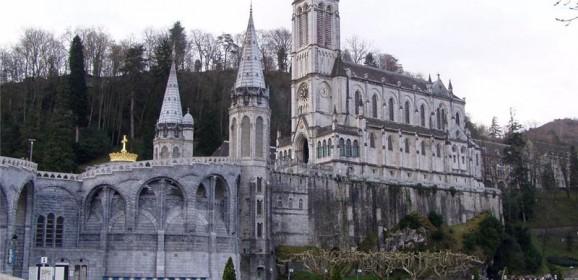 Hodočašće u Lourdes