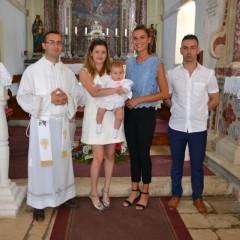 Krštena Ella Tadić